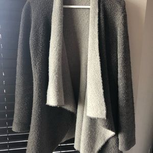 Zara sweater size Medium